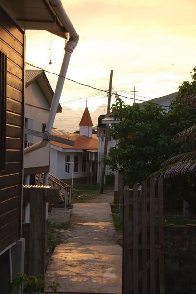 Jewel Cay