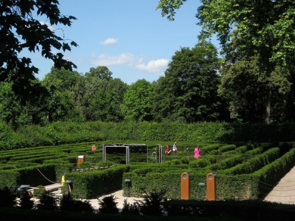 Schloss Schonbrunn - The Labyrinth Hedge Maze