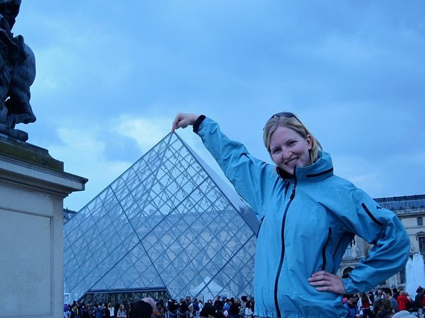 Cheesy photos aren't just for the Eiffel Tower... we got the pyramid at the Louvre in on the action
